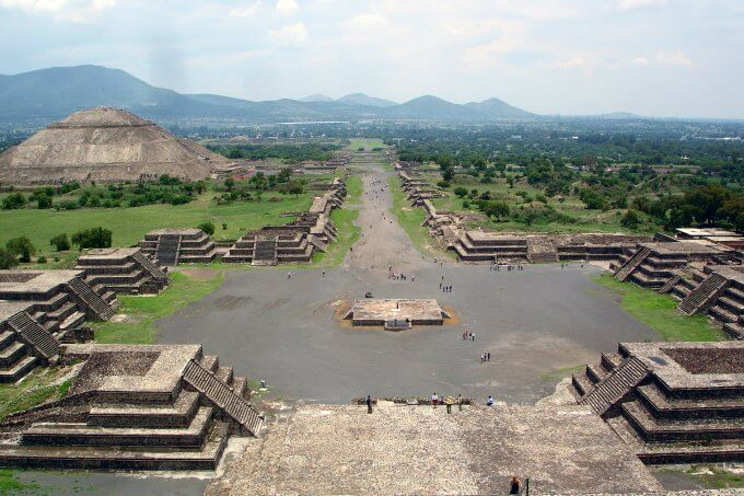 Ancient settlements and modern cities follow same rules of development
