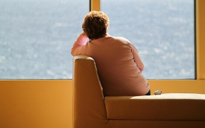 Exposure to common flame retardant chemicals may increase thyroid problems in women