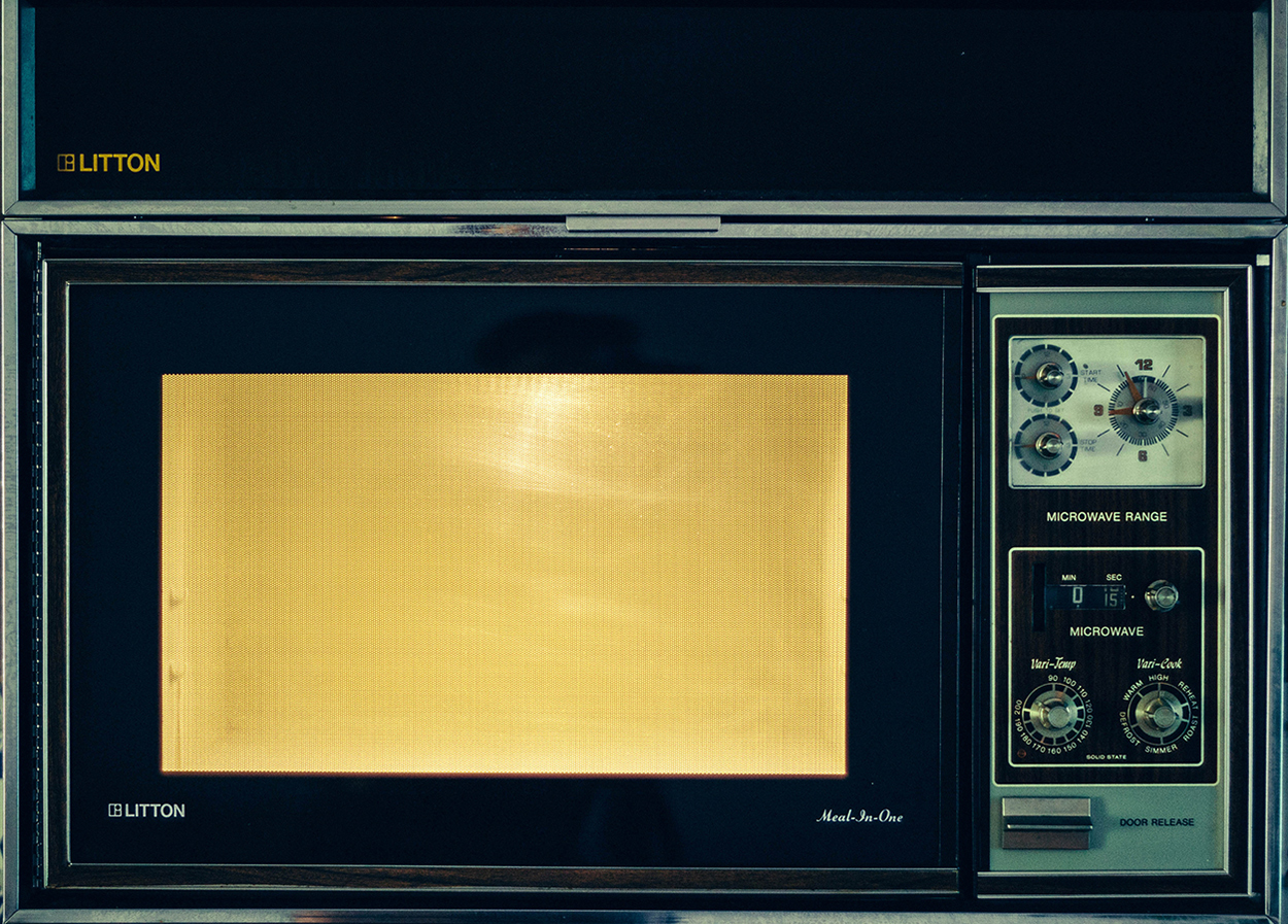Glass Plate Cover For Microwave Here S What You Need To Know About Microwave Safety
