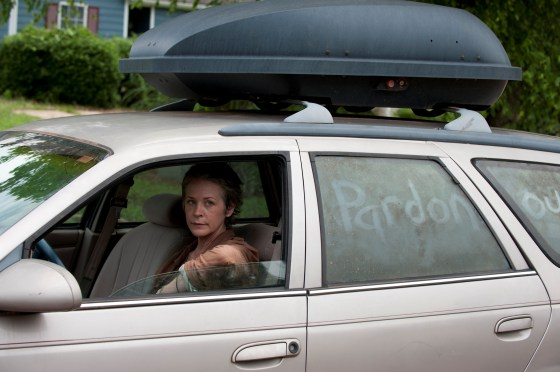 The Walking Dead 404 Carol driving