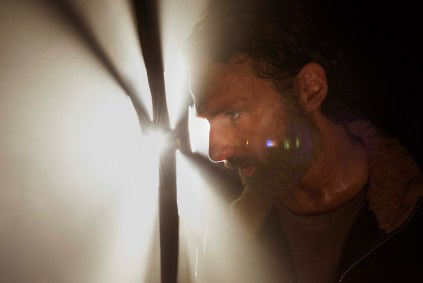 TWD s5 gallery2 01 rick