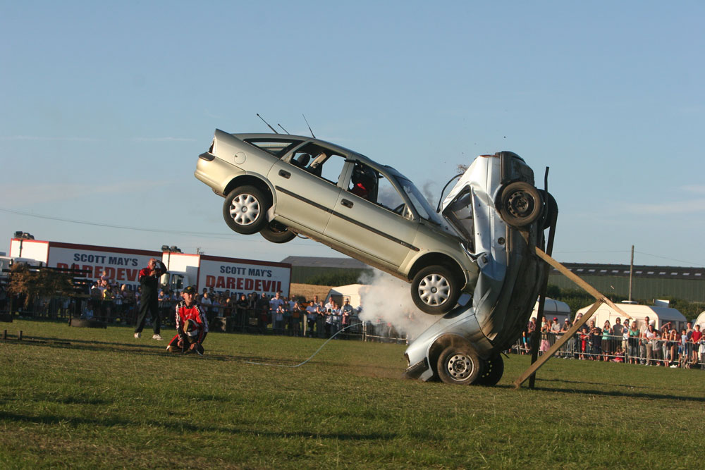 Double Buggy Uk Car Crashes Scott May 39;s Daredevil Stunt Show