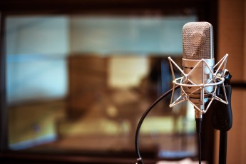 podcast-mic-2400x1615