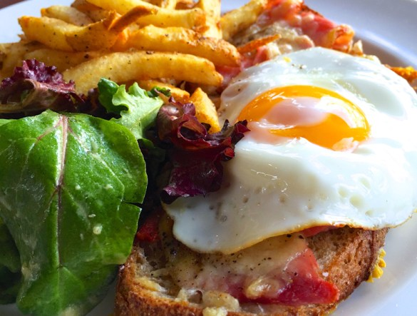 AWESOME THING WE ATE #931 | Croque Madame Sandwich At Kitsilano's Au Comptoir