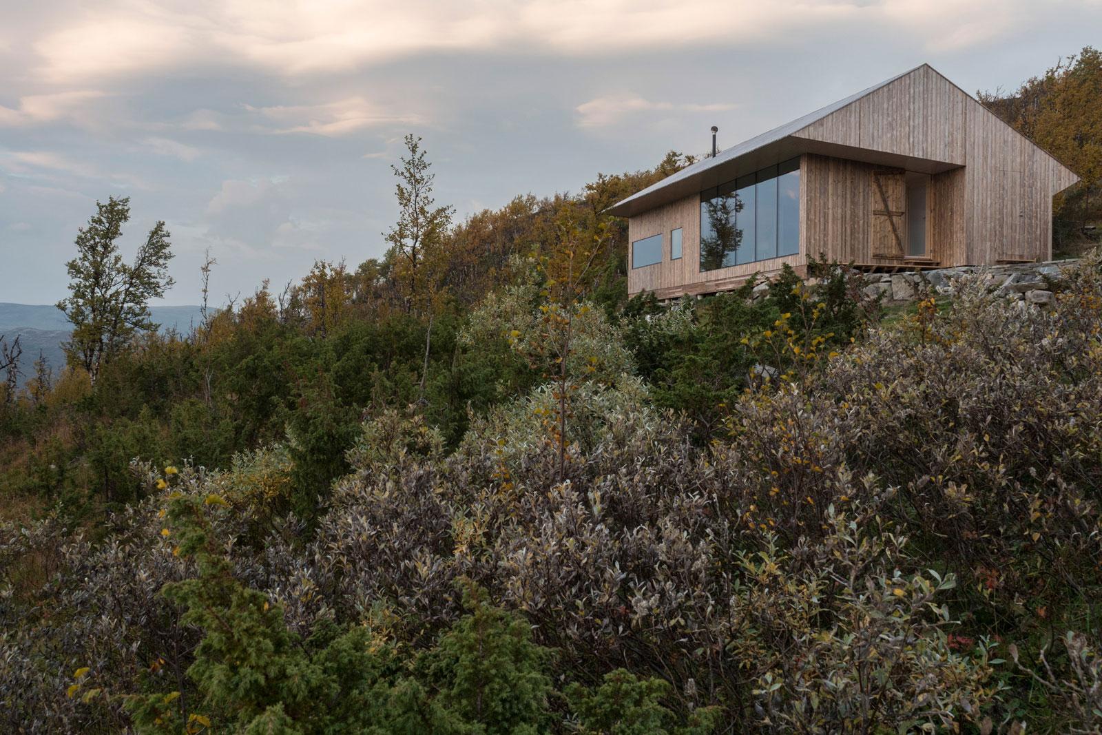 cabin-jon-danielsen-aarhus-architecture-residential-norway_dezeen_2364_col_26