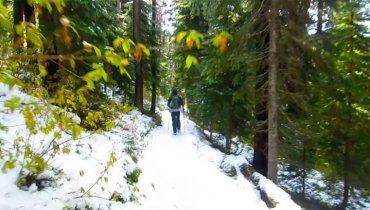 SMOKE BREAK #1204 | Walking The Pacific Crest Trail All The Way From California To BC