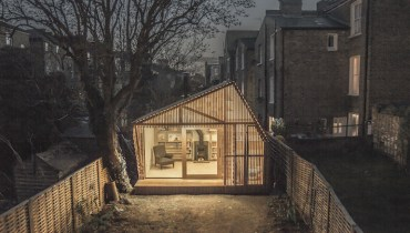 SPACED | This 'Writer's Shed' Escape In The UK Would Suit The Yard Of Any Creative Type
