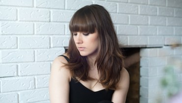 DEFINITIVE RECORDS | Local Musician Louise Burns Reveals The Albums Behind Her Tastes