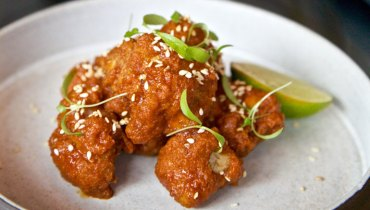 AWESOME THING WE ATE | Hawksworth's Korean Fried Cauliflower Next To A French 75