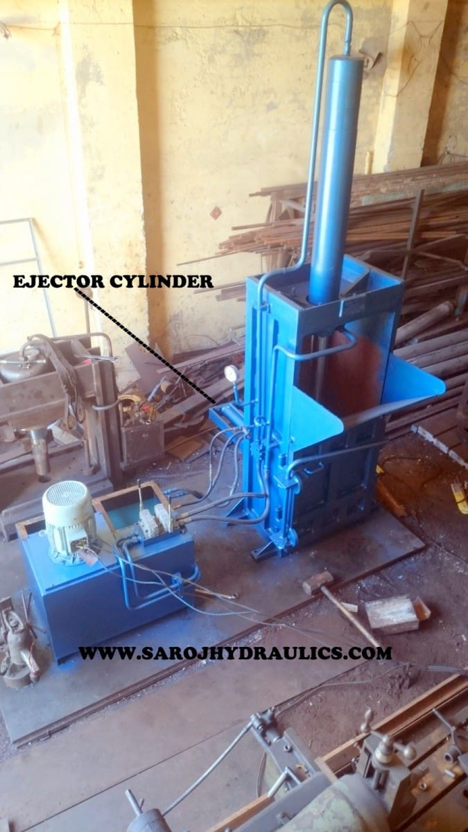 bottle baling machine