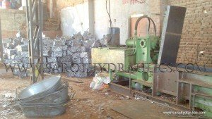 hydraulic tin can bale press