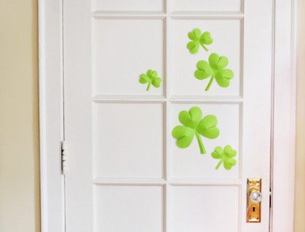 DIY-paper-shamrocks from How About Orange