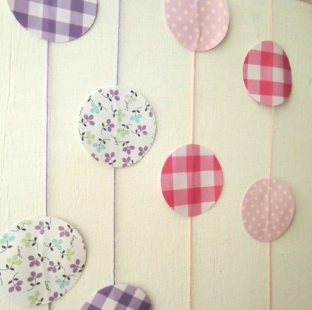 show and tell circle garland by sol da eira