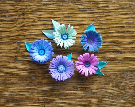 Show and tell - Quilled Fringe Flowers