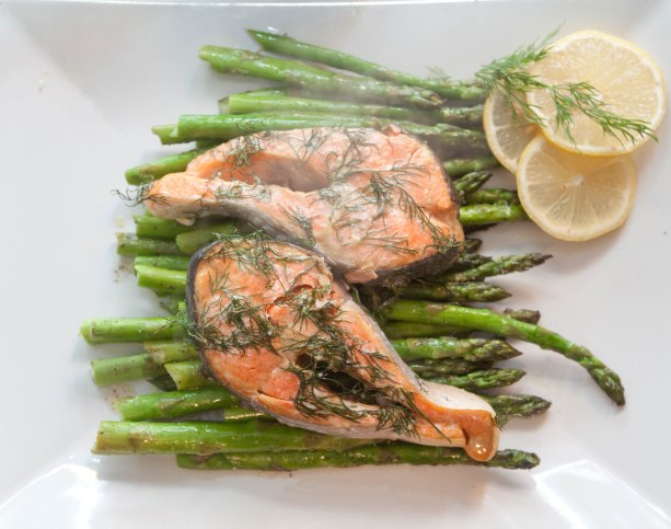 Lemon Dill Salmon and Peppered Asparagus