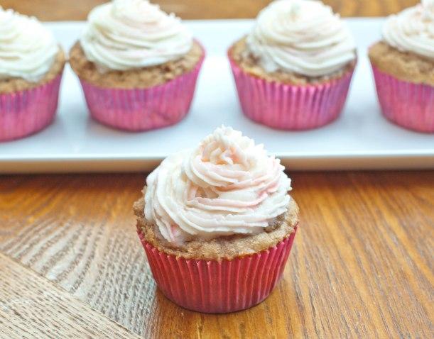 Peach Cobbler Cupcakes!