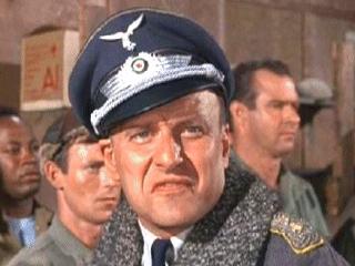 L'Oberst (colonel) Wilhelm Klink est un ancien de la Luftwaffe