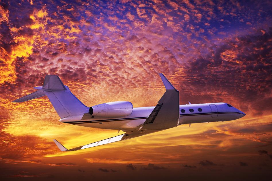 photodune-6215511-private-jet-s