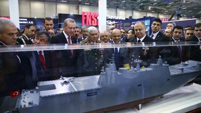 تركيا تصنع سفينة برمائية.. وأردوغان يعلن التخلص من الاعتماد على السلاح الخارجي بحلول عام 2023 Turkish-anadol