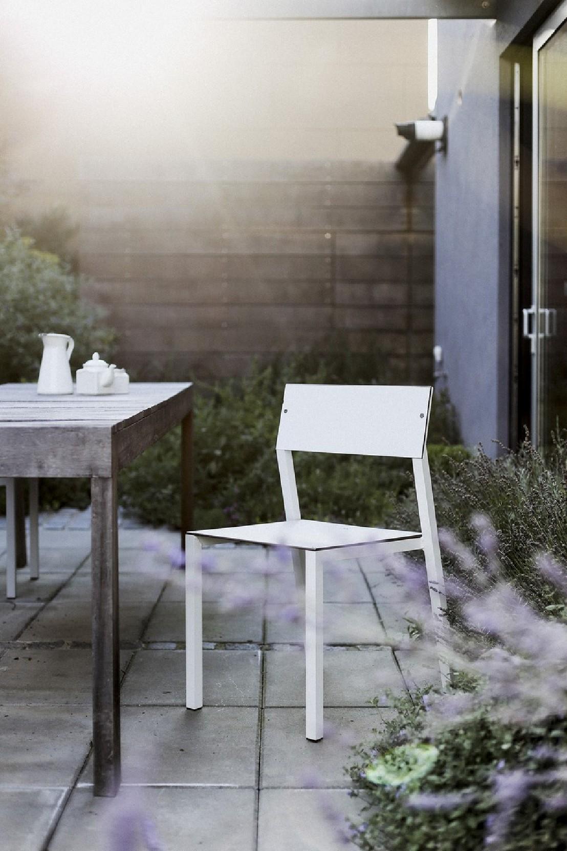 Mobilier Jardin Couleur | Chaises De Jardin Couleur Stunning Chaise ...