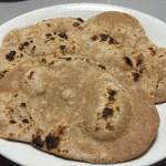 【レシピ】インドのパン「チャパティ」を全粒粉から捏ねてフライパンで焼きました!