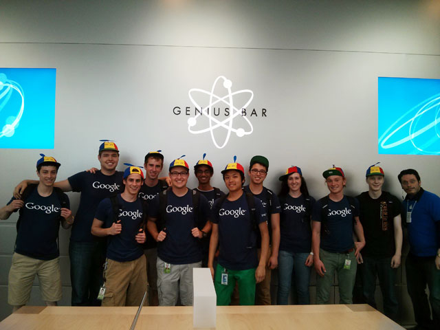 Search In Pics Googlers At Apple  Microsoft Stores, Designer Glass - interning at microsoft