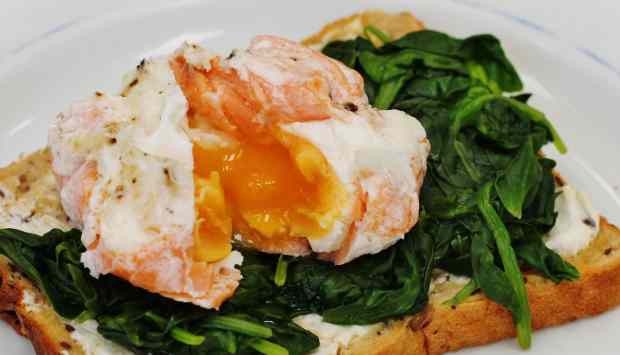 Salmon poached egg on toast 1