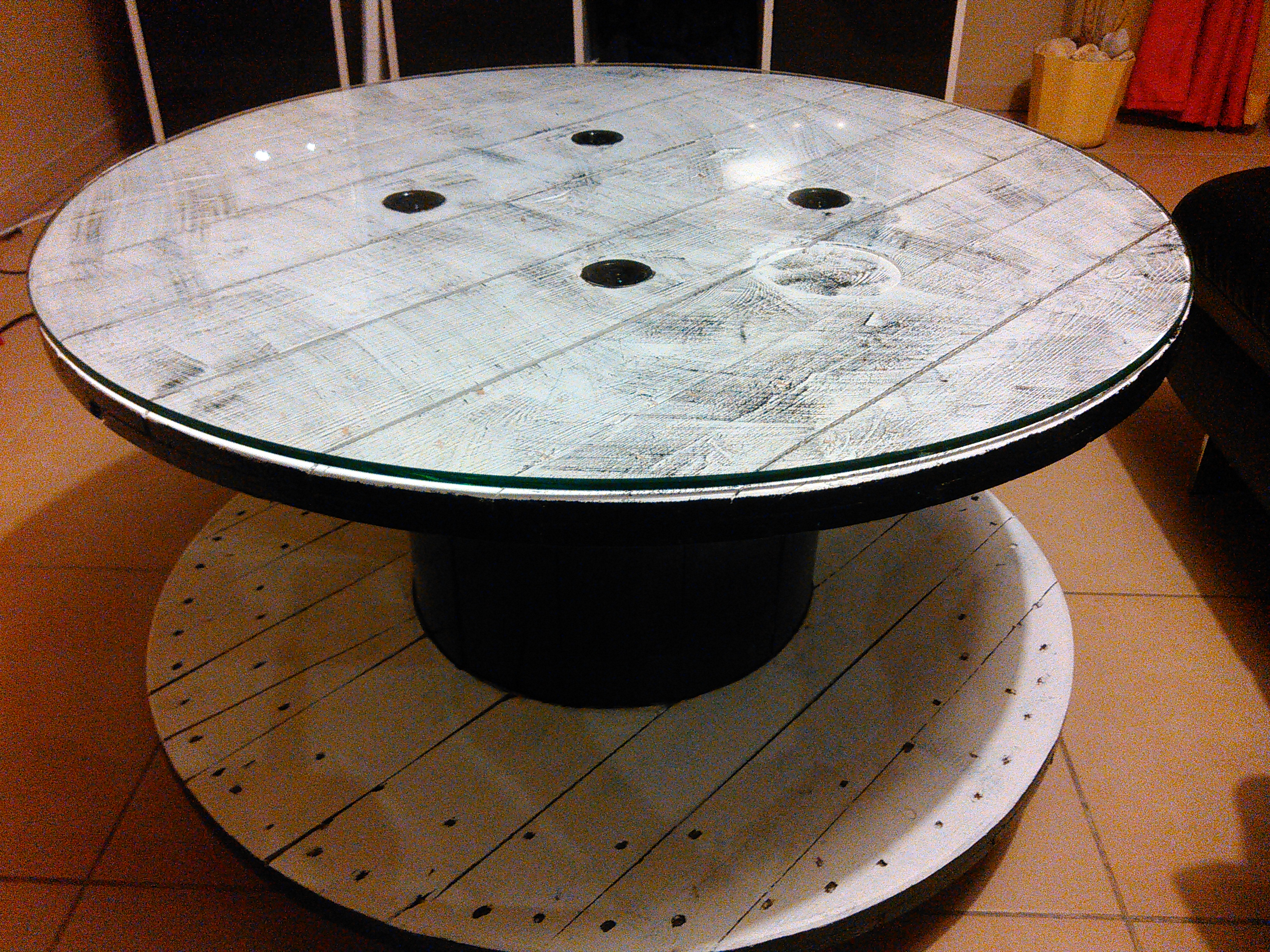 Retaper Une Table Basse Comment Customiser Un Touret En Table Basse By Sebricole