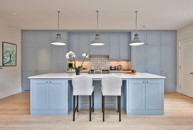 Tempting Blue Kitchen Cabinets Sebring Services Design Blue Kitchen Cabinets Ideas To Get You Started Blue Kitchen Cabinets Appliances Blue Kitchen Cabinets Ikea houzz-02 Blue Kitchen Cabinets