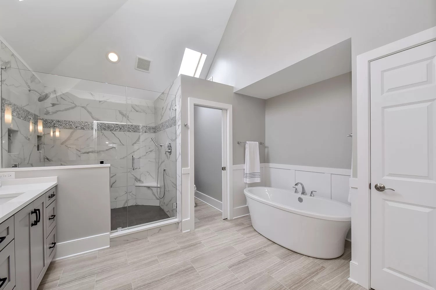 Sarah Ray 39 S Master Bathroom Remodel Pictures Home Remodeling Contractors Sebring Design Build