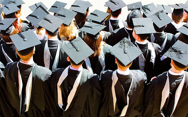 Good degree grade \u0027worth extra £2,000 a year in wages\u0027 - Telegraph