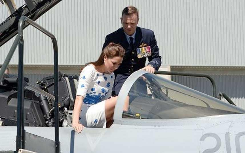 Air Travel Uk Weather Royal Tour Duchess Of Cambridge Shows Her Poise In