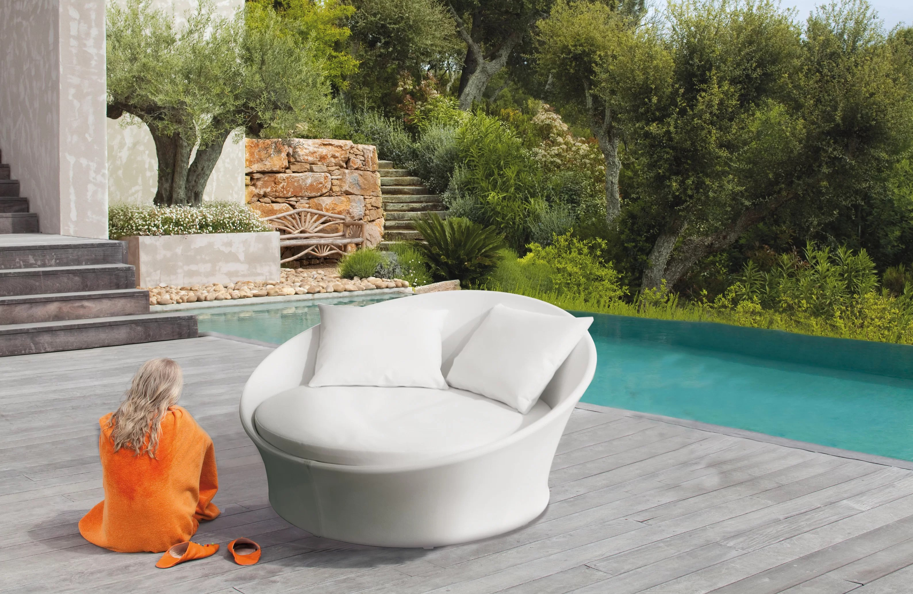Pearl Daybed Outdoor Monette Garden Daybed With Cushion