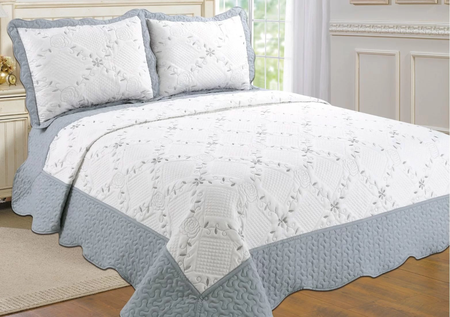 Quilt Sets Altman Reversible Quilt Set