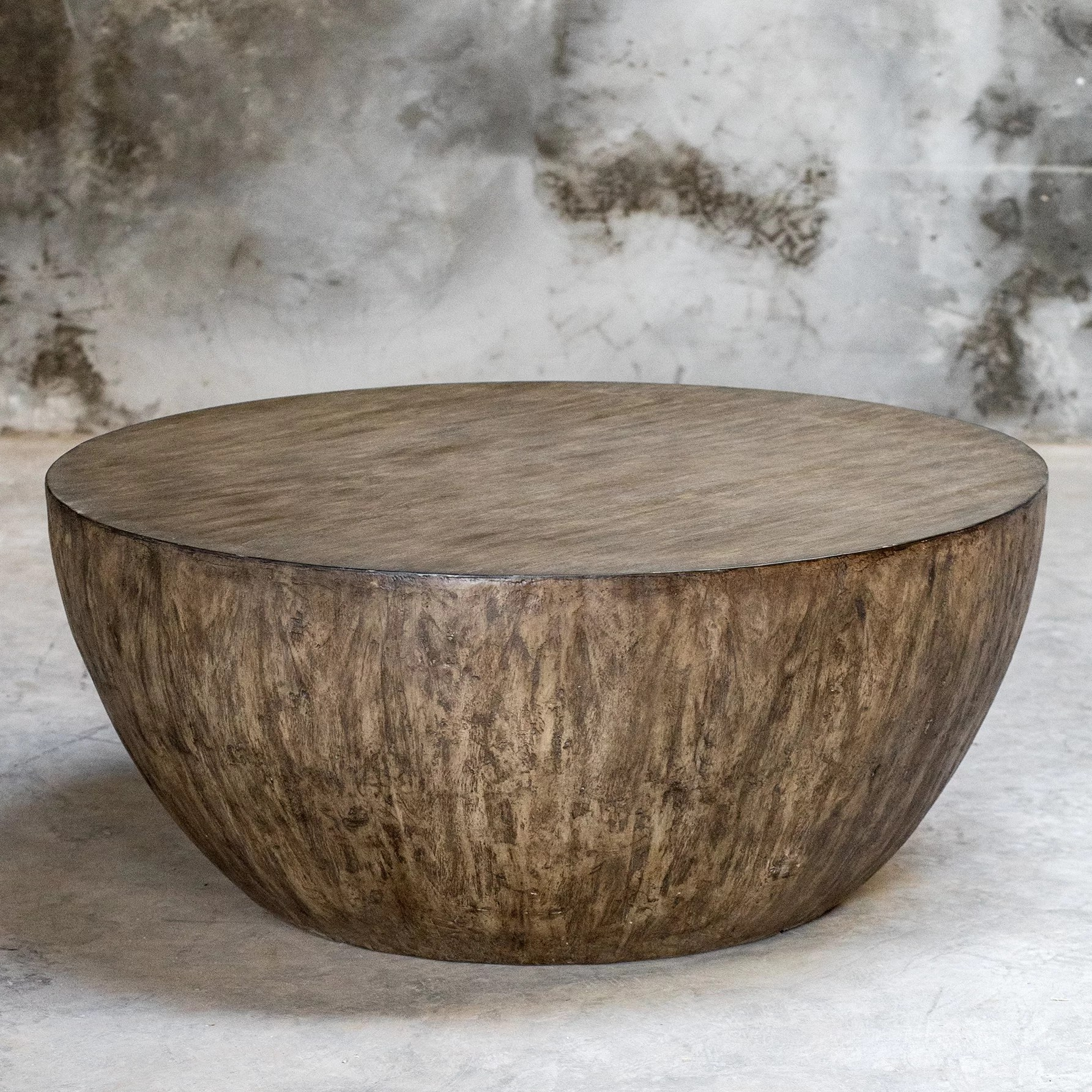 Outdoor Furniture Ringwood Bone Round Wood Coffee Table