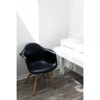 eModern Decor Mid Century Modern Scandinavian Arm Chair ...
