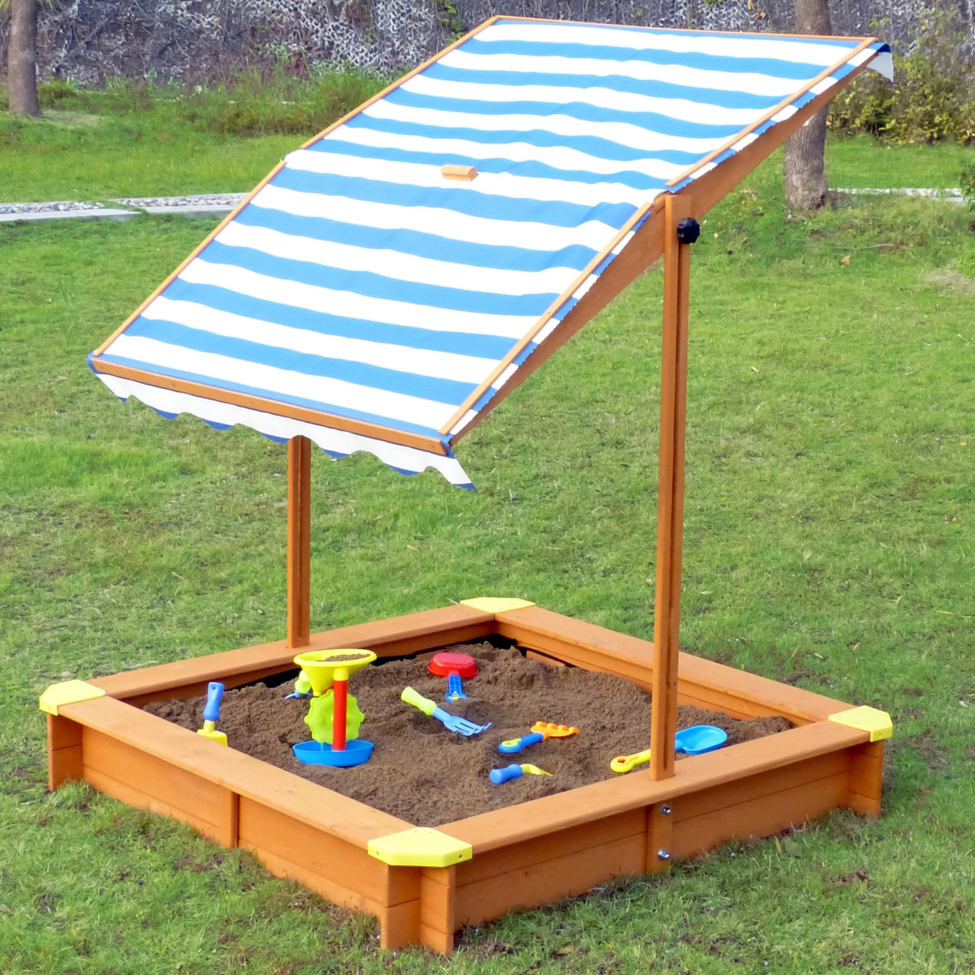 Big W Sand Pit 4 Square Sandbox With Cover