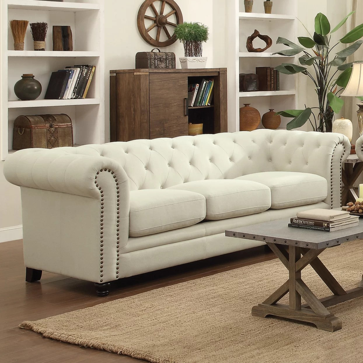 Chesterfield Lounge Dalila Chesterfield Sofa