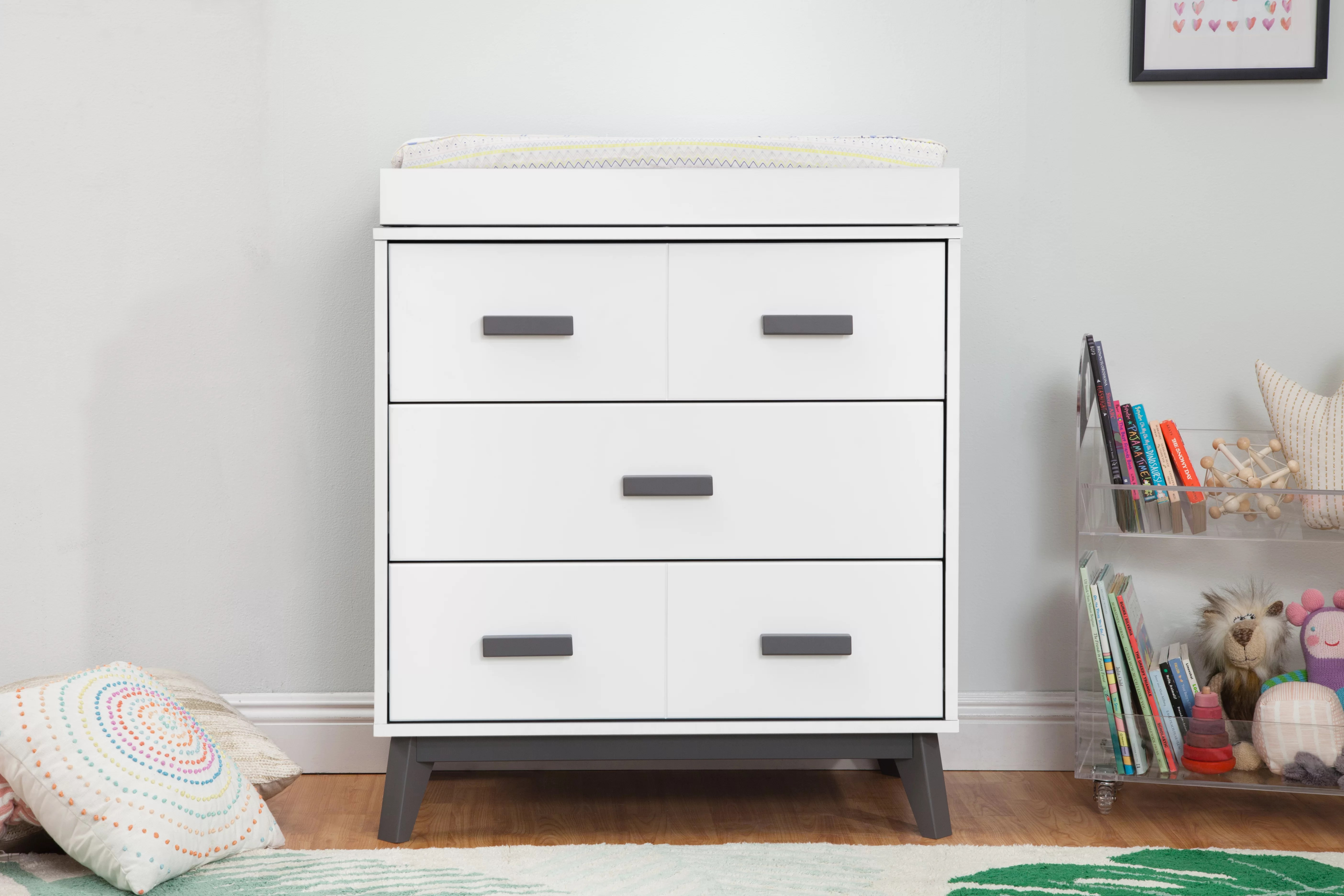 Changing Table Chest Of Drawers Scoot 3 Drawer Changing Table Dresser