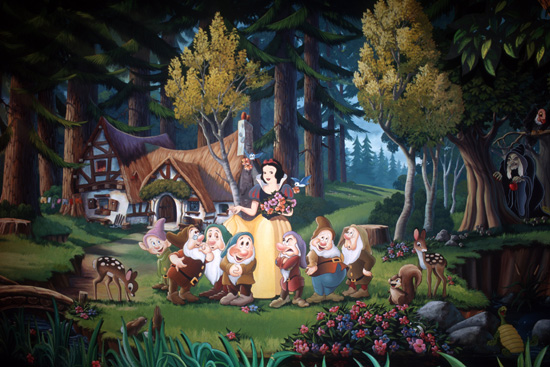 Disney Pixar Cars Mural Wallpaper Snow White S Scary Adventures Will Become Part Of Magic