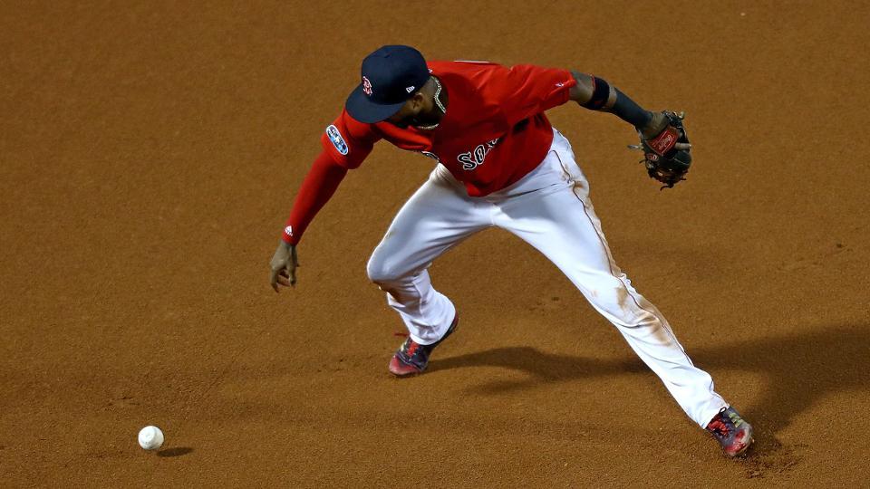 Eduardo Nunez discusses defense in Game 1 loss Boston Red Sox