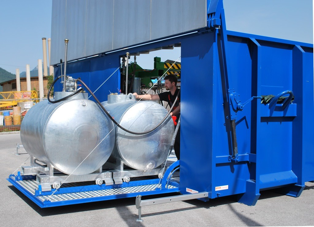 Rietberg storage tanks integrated into container