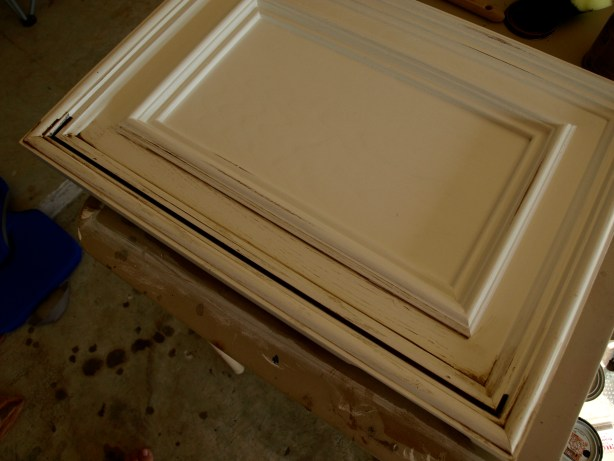 How to paint and antique cabinets for Antique painting kitchen cabinets
