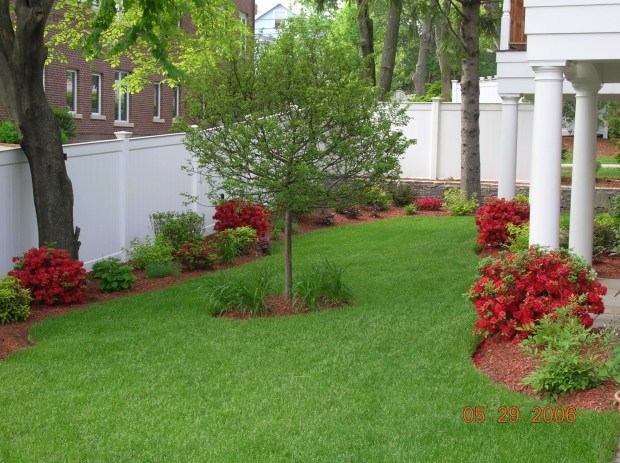 simple diy landscaping ideas backyard