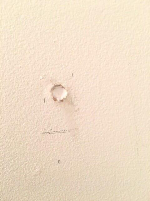 caulk hole