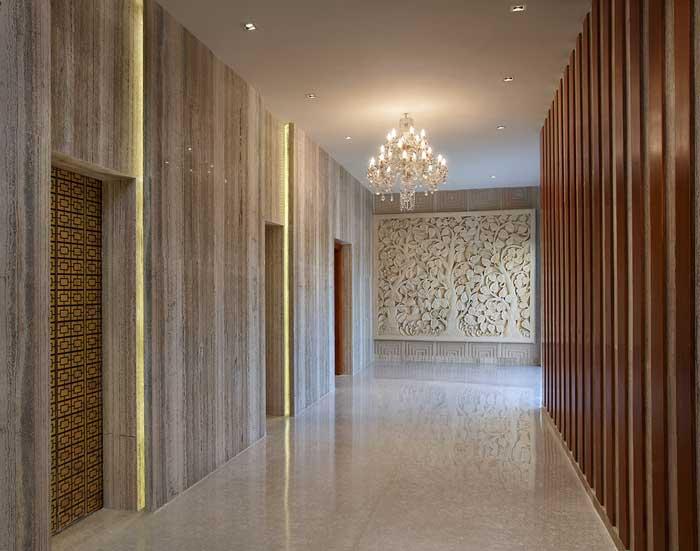 Stylish Elevator Lobbies Sees Inc