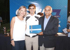 Ganador de Copa juveil con Pdte Federación de Deportes Ecuestres, Gral Rubén Matías Rojas, Vicep. Patricia Zilio