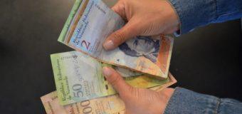 Venezuela: Recomiendan gastar los bolívares en una economía hiperinflacionaria