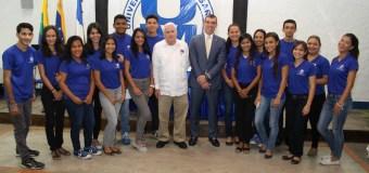Venezuela: Banesco becará a 30 estudiantes de la UNIMAR