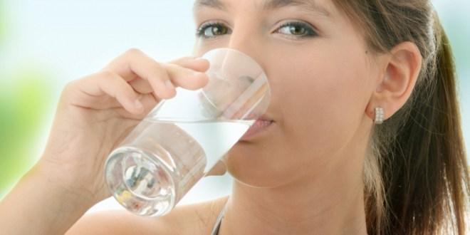 sehat alami dengan asupan air yang cukup